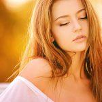 Co to jest niedoczynność tarczycy? Objawy niedoboru hormonów tarczycy