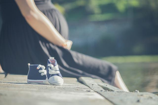 Pierwsze objawy ciąży. Po czym poznać, że jesteś w ciąży?