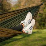 7 fasonów butów damskich idealnych na sezon wiosenno-letni