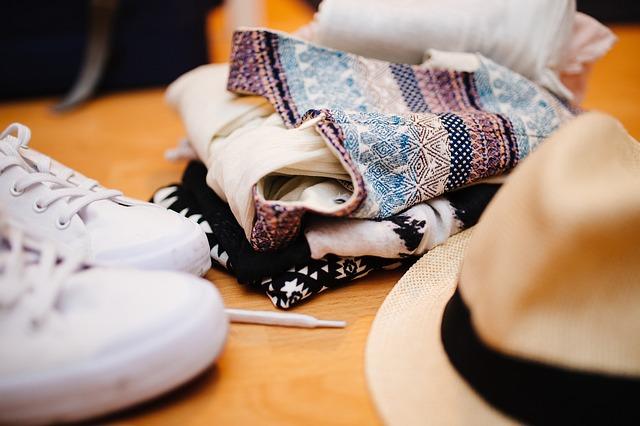 Ubranie, buty i kapelusz