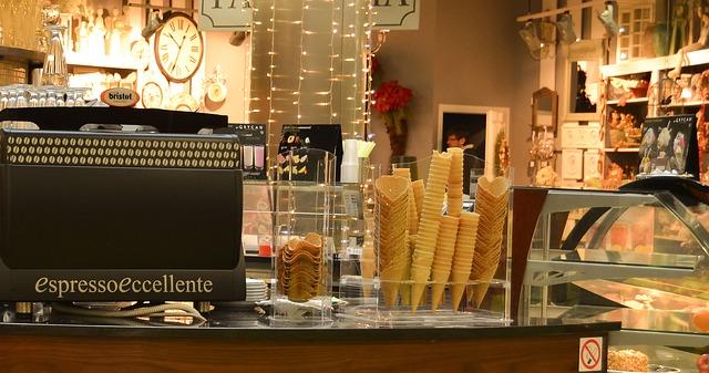 Przechowywanie i transportowanie żywności w sklepie, kawiarni, restauracji – to musisz wiedzieć prowadząc biznes w gastronomii!