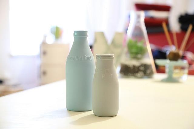 Butelki mleka