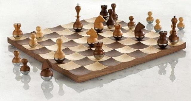 prezent biznesowy - szachownica