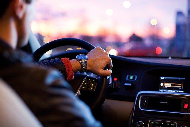 Jak kupić samochód? Nowy, używany? Kredyt, leasing?